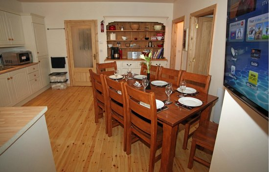 Fermanagh Self Catering: Coach House dining/ kitchen are with useful dresser