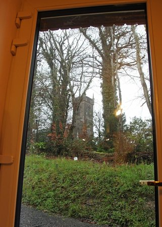 Fermanagh Self Catering: Coach house back door view