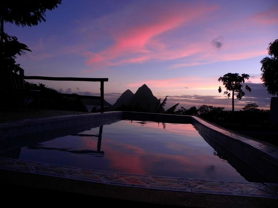Crystals St Lucia: An unbelievable sunset!