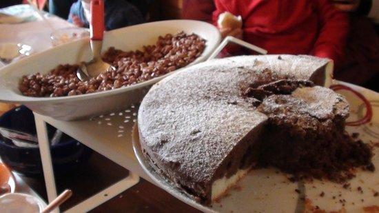B&B Sotto il Vulcano: torta fatta in casa