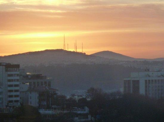 Hilton Istanbul Bosphorus: lever du soleil