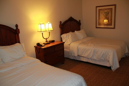 Sheraton Vistana Resort Villas- Lake Buena Vista: 2nd guest bedroom in Deluxe 2 bed 2bath suite (Lakes section)