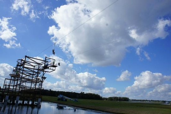 Fantasy of Flight : Zip Line over the water!
