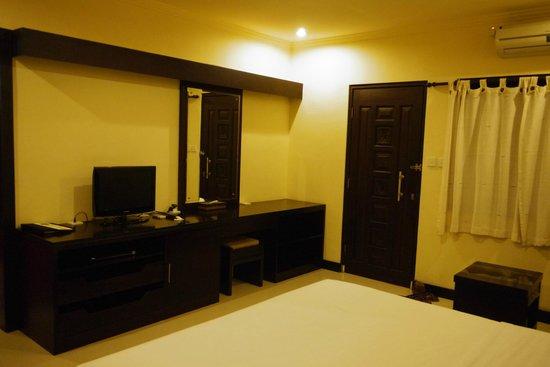 Kakiang Bungalows:                   房間一偶