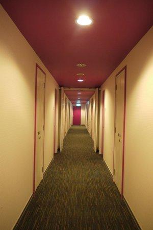 Hotel Re!:                   走廊