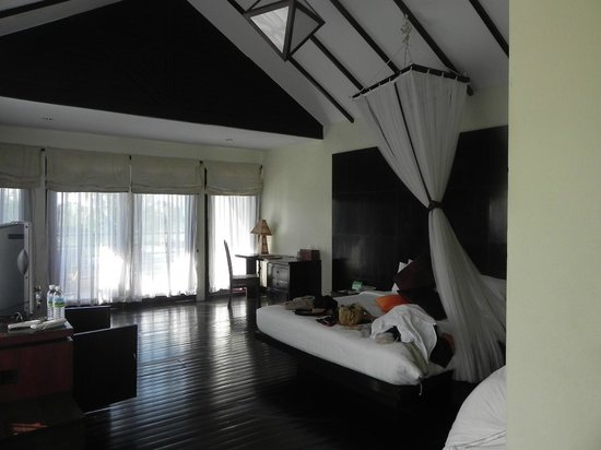 Bay of Bengal Resort: Bedroom