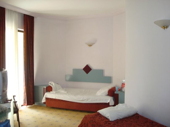 Larissa Club Saphire Hotel:                   Номер