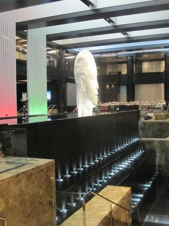 Grand Hyatt New York:                   Hotel Foyer, as you enter you are met with a huge water feature