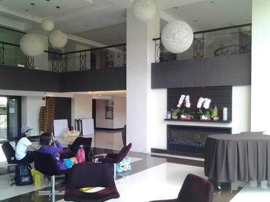 Citylight Hotel :                   lobby of the hotel