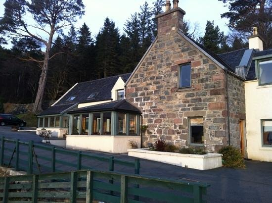 Balmacara Mains Guesthouse:                   guest house