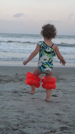Ocean Reef Resort: Silly little girl..loves the beach