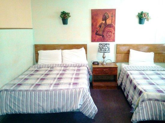 Parador Oasis :                   Bedroom