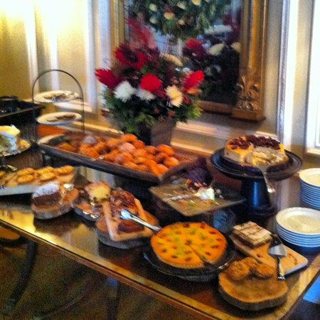 Langdon Hall Country House Hotel & Spa: Brunch on New Year's Day