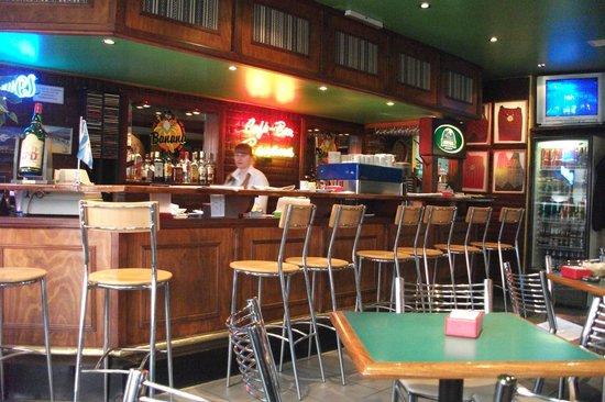 Cafe Bar Banana : The bar