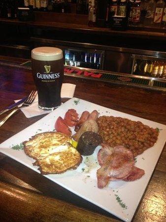 Shindig : Irish breakfast.