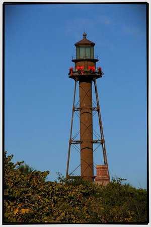 Sundial Beach Resort & Spa :                   Sanibel Lighthouse