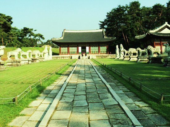 Hongneung and Yureung Royal Tombs