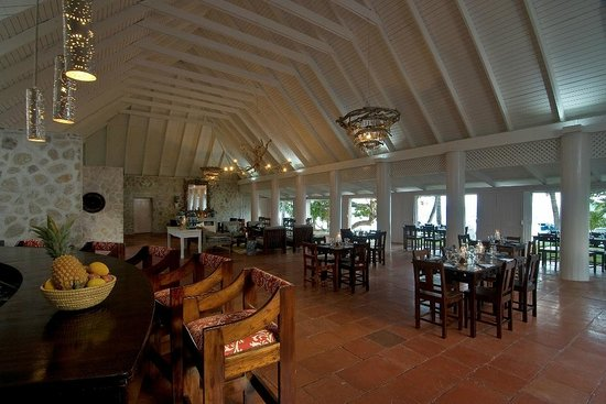 Sugar Reef Bequia: Sugar Reef Bar & Restaurant at the Beach House