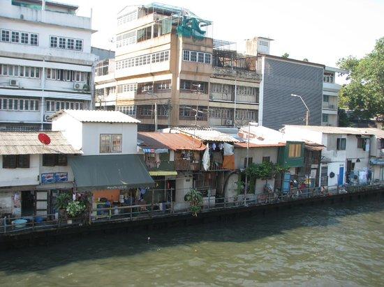 Smile Inn:                   canal view