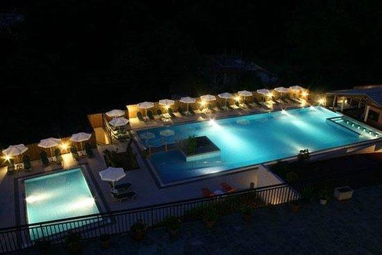 Niouris Apartments:                   pool