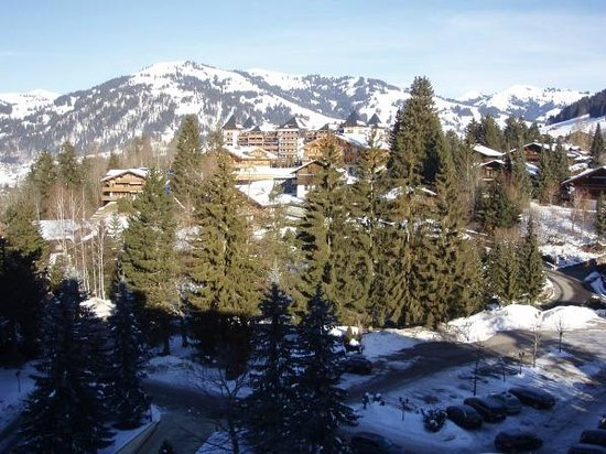 Gstaad Palace Hotel: View from north facing room 504