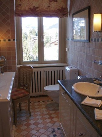 Gstaad Palace Hotel: Bathroom 504