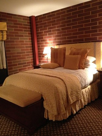 Napa River Inn at the Historic Napa Mill: Room E-105