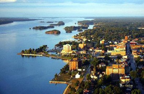 Super 8 Brockville: Area Attraction