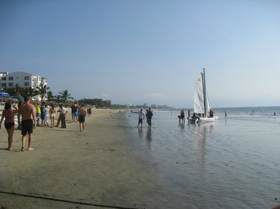 Hotel Riu Vallarta:                   Beautiful long beach for walking
