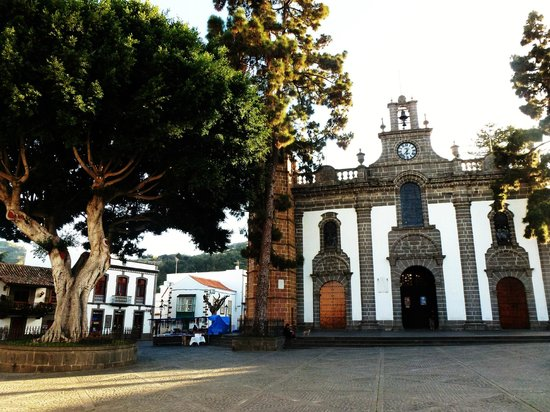 Basilica  de la Virgen del Pino