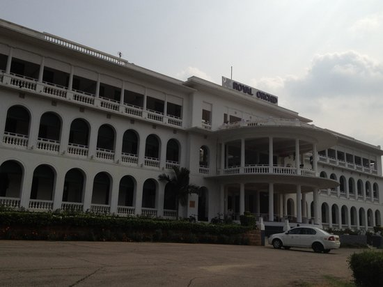 Royal Orchid Brindavan Gardens: The Hotel