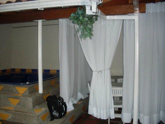 Hotel & Spa Molicie: Comedor de piscina, junto al jacuzzi