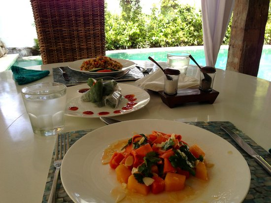 Oazia Spa Villas:                   Healthy and delicious in-villa food options