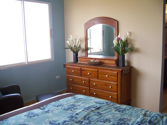 Bedroom Furniture Suite 1 Picture Of Miramar Cafe La Pared