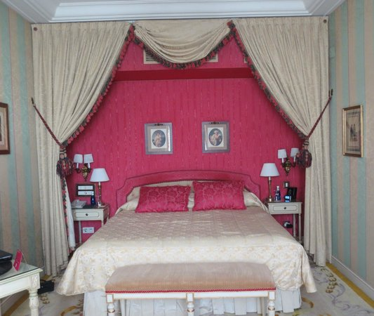Hotel Ritz, Madrid:                   Bedroom...