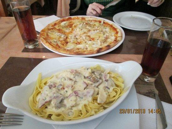 Pizzaria Bella Napoli : pizza mexicana y pasta deliciosa