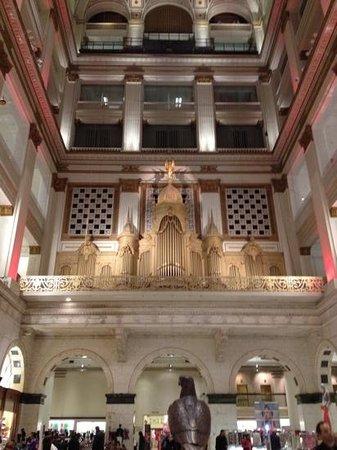 Macy's Philadelphia:                                     Organ