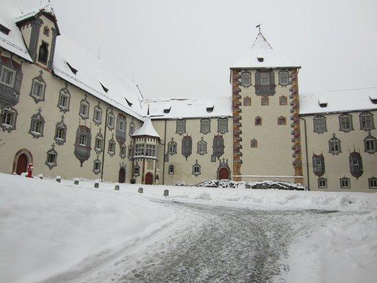 Altstadt von Fuessen: castillo de Hohe Schloss en Füssen