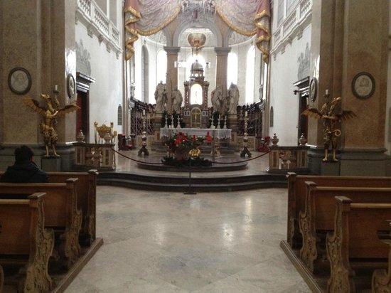 Altstadt von Fuessen: interior de la Basílica de San Mang