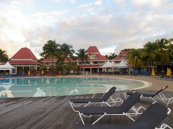 Pierre & Vacances Village Sainte-Anne: piscine