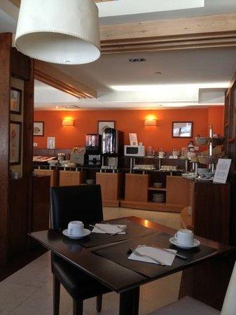 Hotel Spa Acevi Val d'Aran: UNE PETITE PARTIE DU BUFFET EXCELLENT ET VARIÉ