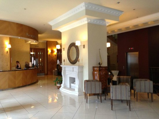 Villa Rose Hotel :                   Reception area, very clean and welcoming