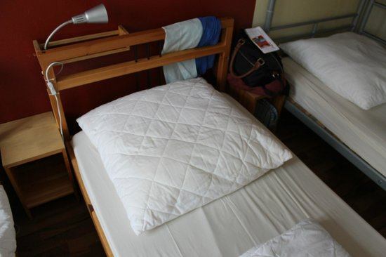 EastSeven Berlin Hostel:                   comfy pillow (without case on it)