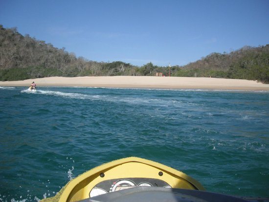 Huatulco Watersports Jet Ski and Boat Tours:                   Awesome beaches