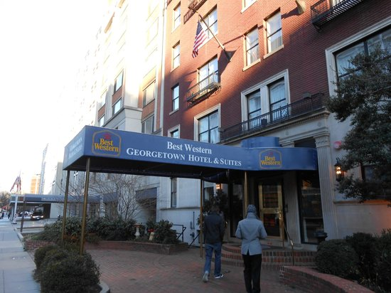 BEST WESTERN Georgetown Hotel & Suites:                   Front entrance