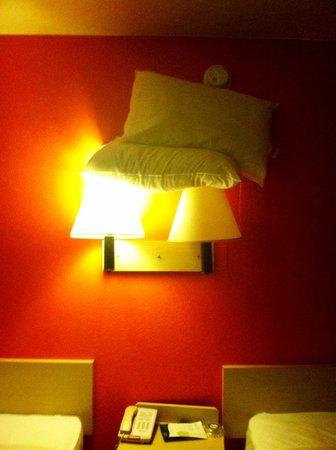 Motel 6 Texarkana TX:                   Pillows on the Lights?