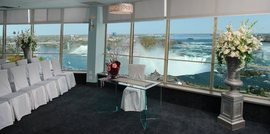 The Tower Hotel Updated 2018 Prices Reviews Niagara Falls Ontario Tripadvisor