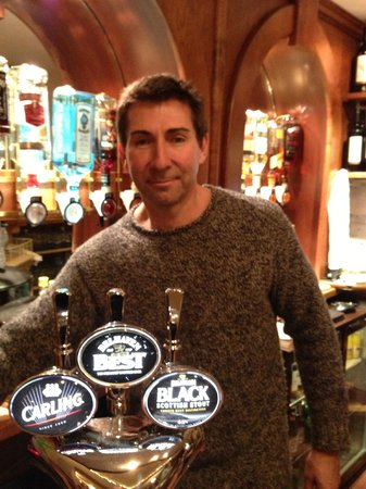 The Monarch Hotel & Church Ruin: Neil, owner and barman