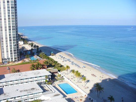 Marenas Beach Resort:                   ocean view