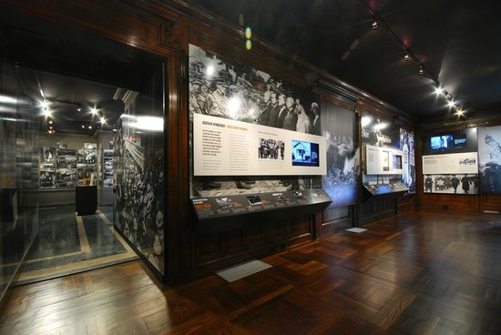 Holocaust Memorial & Tolerance Center of Nassau County: Museum Gallery